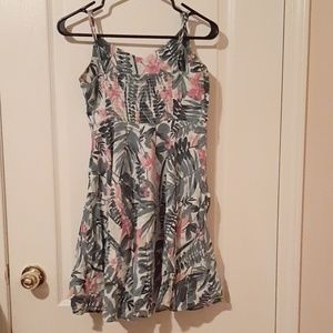 Old Navy White Foral Dress